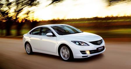 Продажа автомобильного стекла Mazda (Мазда)